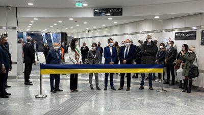 Taglio nastro metro Italia 61